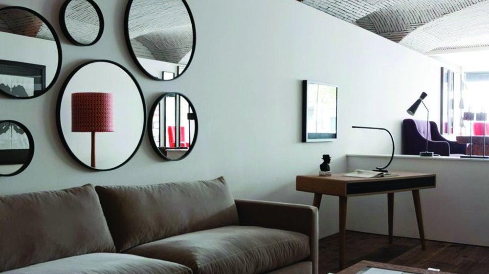 quelques conseils pour rendre votre salon plus grand soolide. Black Bedroom Furniture Sets. Home Design Ideas