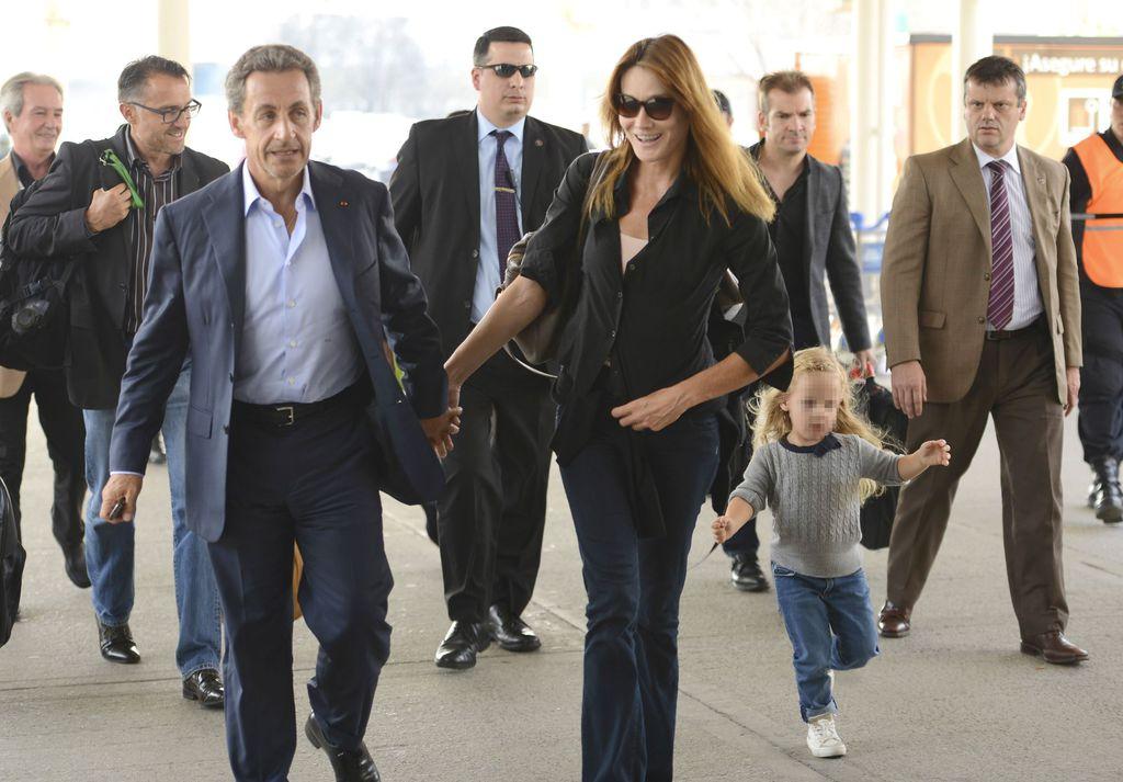 Nicolas Sarkozy Et Carla Bruni Leurs Vacances En Turquie Avec Leur Fille Giulia Soolide