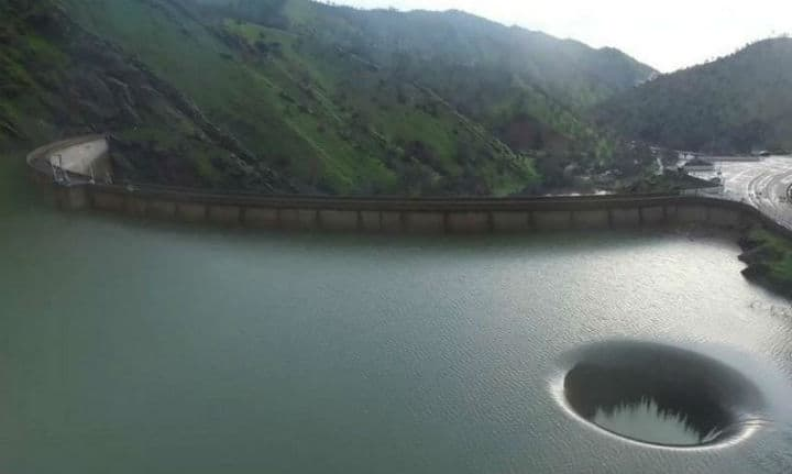 Local man finds an unexplained hole in the middle of this Napa Valley lake.